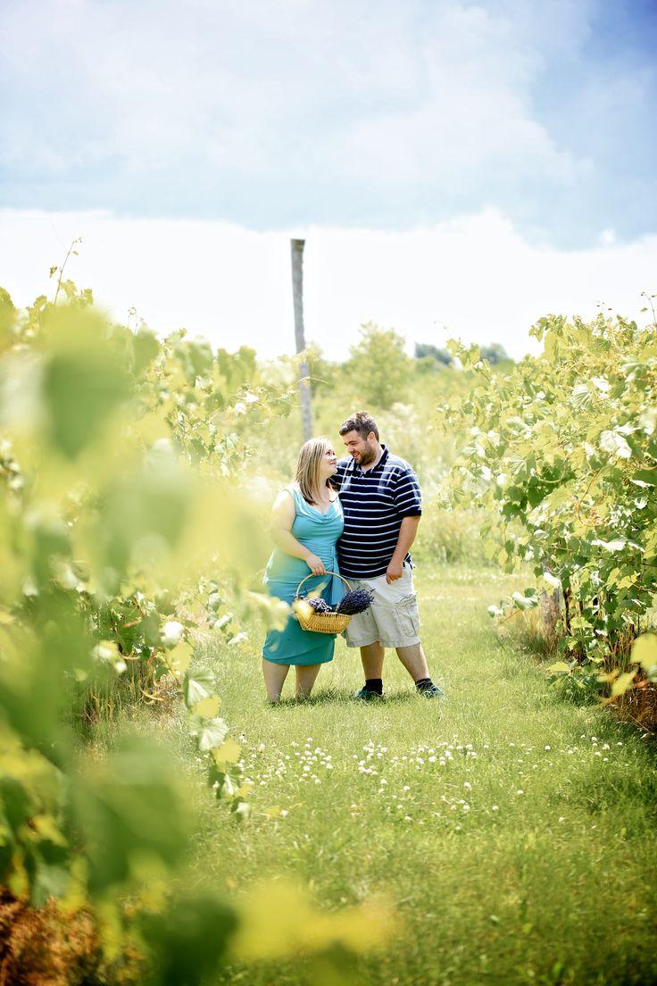 Bonnie Heathe Lavendar Farm engagement photos