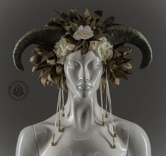 Green horn headdress / Ram horned wreath with cream white flowers and brass bells / Pagan wedding crown / LARP horn headdress / Burning man