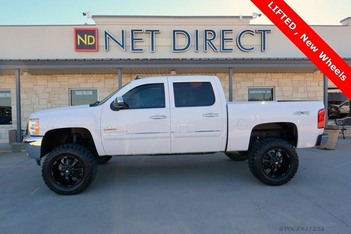 2013 #Chevrolet #Silverado 1500 LT #LIFTED 4x4 $32,988 STILL AVAILABLE! #LiftedChevy #Chevy