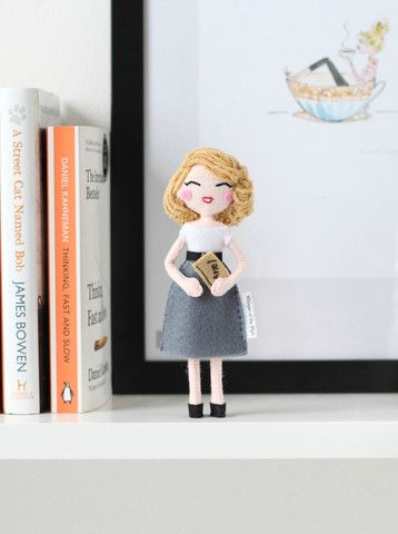Sylvia Plath art doll. Are you a doll collector? This brilliant American poet art doll is now available to purchase! Click here now: www.whisperofthepipit.com/collections/new-in/products/sylvia-plath or Re-pin for later. Whisper of the Pipit dolls are unique gift ideas.