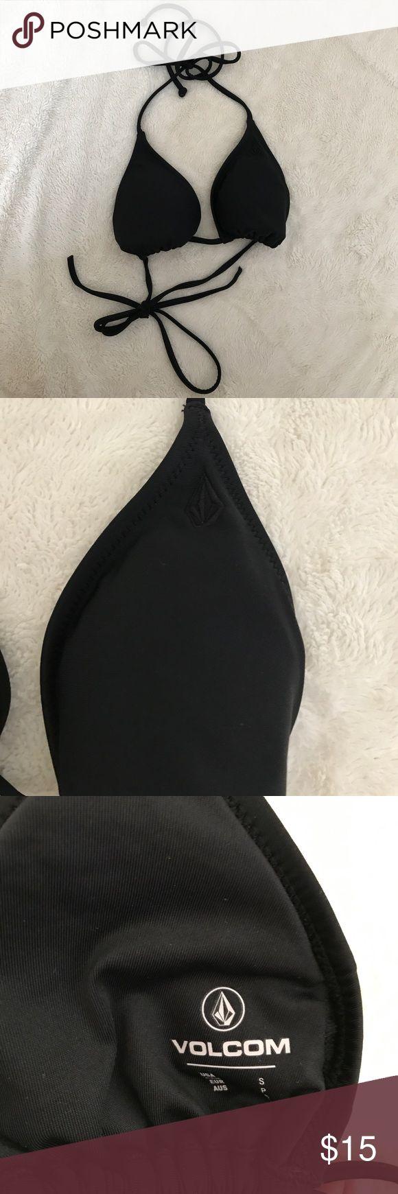 Volcom black triangle bikini top - small Black volcom bikini top in a small. This top is a great basic to pair with any bikini bottom style and color, removable pads included! Volcom Swim Bikinis