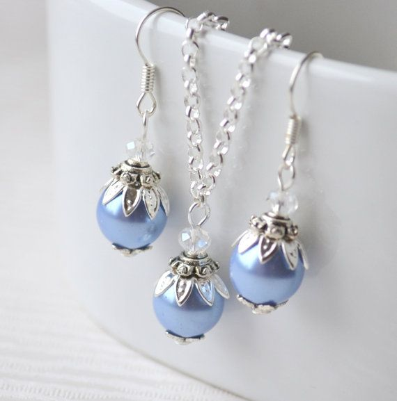 Light blue glass beaded jewelry set, blue bridesmaid jewelry set of necklace and earrings, bridesmaid gift Beaded jewelry, wedding party