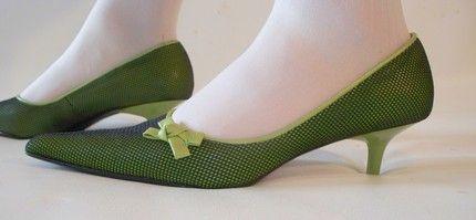moss pointy toe kitten heels | Walk This Way | Pinterest | Vintage ...