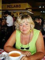 """Raquel entrevista a Lola Piera en """"Al otro lado de la pantalla"""" http://relatosjamascontados.blogspot.com.es/2013/10/raquel-entrevista-lola-piera-en-al-otro.html"""