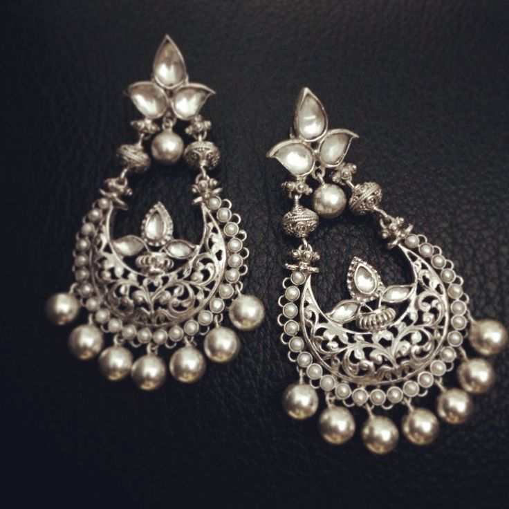 Exquisite earrings handcrafted in 92.5 Sterling Silver! From Aaraa by Avantika