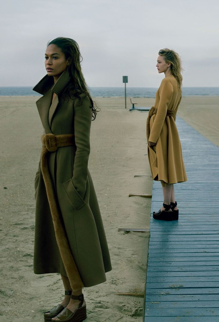 "sand-snake-kate: ""Playing It Cool"" Joan Smalls and Sasha Pivovarova by Annie Leibovitz for US Vogue September 2014"