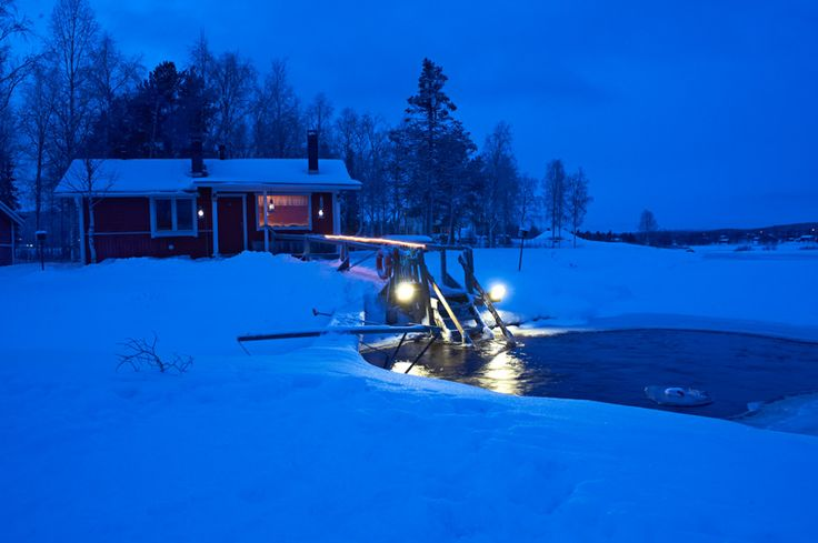 Sauna by the lake: you can go ice swimming. (Finland)