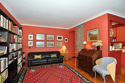 30 Elm Avenue #Rosedale #Toronto Unit 208 Living Room Victoria Boscariol Chestnut Park Real Estate