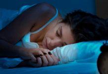 Помните: Всегда спите на левом боку! Вот почему!