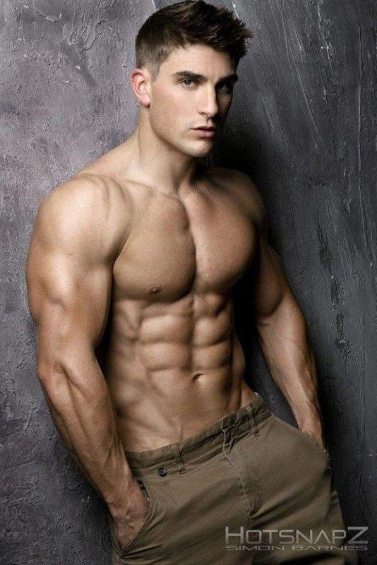 Ryan Terry: El Cuerpo Perfecto. Mr. Internacional Model