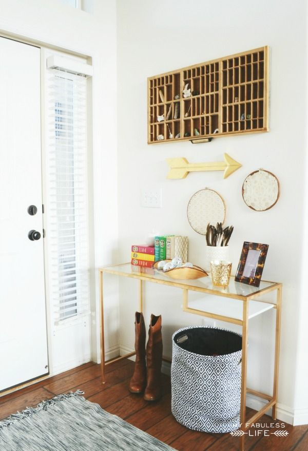 Such a fun and simple fall entryway