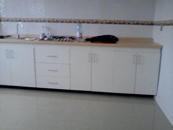 Arriendo departamento en iquique en Villa Puchuldiza Consta de : - 2 Dormitorios -1 Baño - Cocina equipada - Estacionamiento - GASTOS COMUNES INCLUIDOS  - 350.000 más mes de garantía. Arriendo directamente con dueña  LLAMAR A 74567762
