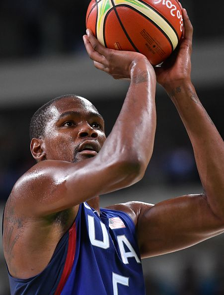 #RIO2016 USA's guard Kevin Durant takes a penalty during a Men's round Group A basketball match between Australia and USA at the Carioca Arena 1 in Rio de...