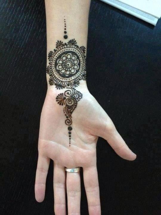 Wrist Hand Mehndi : Best mehndi circles images on pinterest mehandi