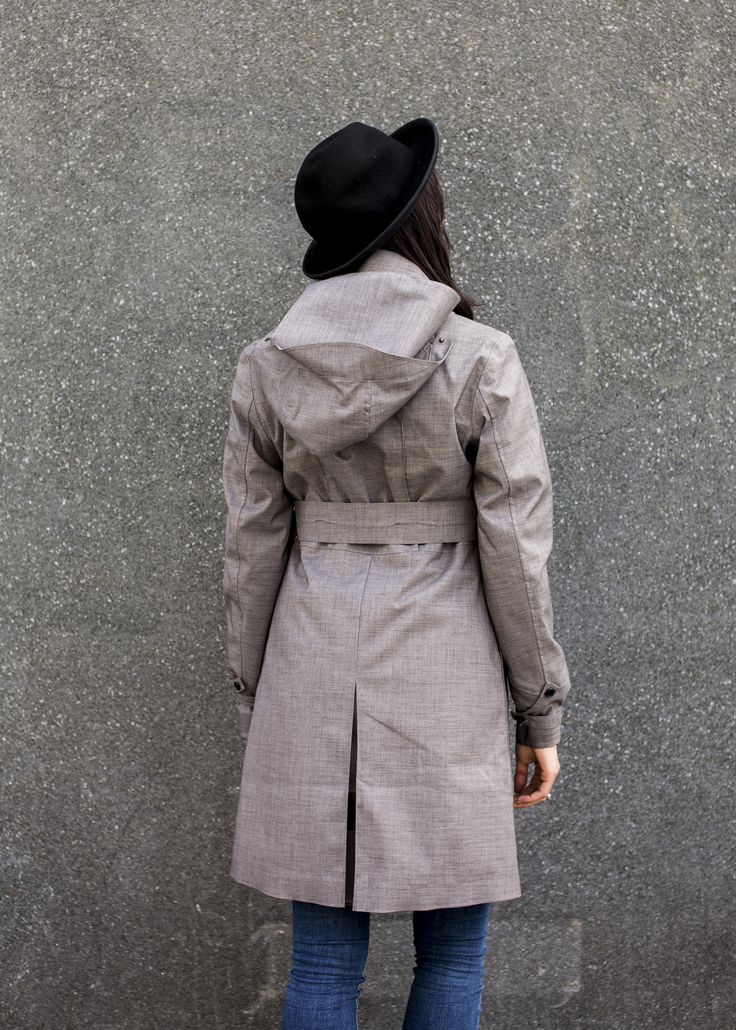 Inspired by men' s tailoring, the Soho Femme is a coat that exudes this and fits perfectly.