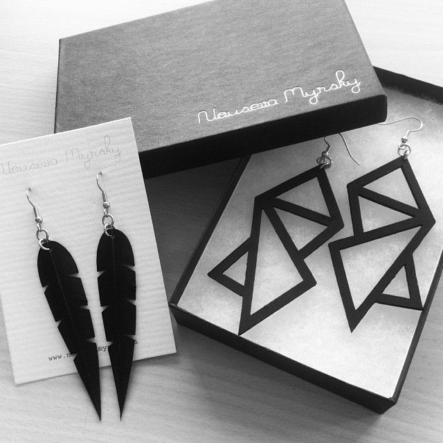 Nouseva Myrsky earrings. http://shop.nousevamyrsky.fi #blackearrings