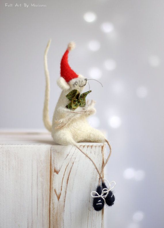 Needle Felt Mouse Christmas Decoration by FeltArtByMariana