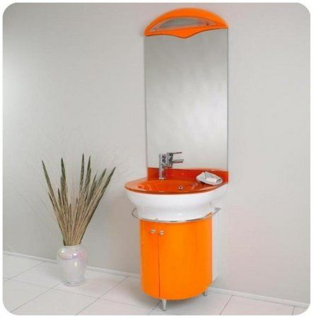 Orange bathroom accessories