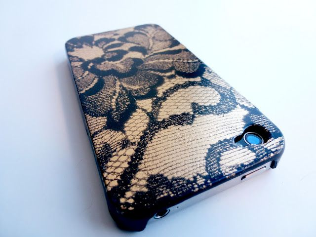Lace Phone Case >> by Hey! Look what I Made! >> Tutorial >> I like this, but I just bought a clear case that I planned to fill with decorative paper... making it reusable for when my preferences change (as they often do).... maybe I can make some decorative lace paper with this technique? Or else find some scrapbook paper that has a lace design? Cool idea, nonetheless.