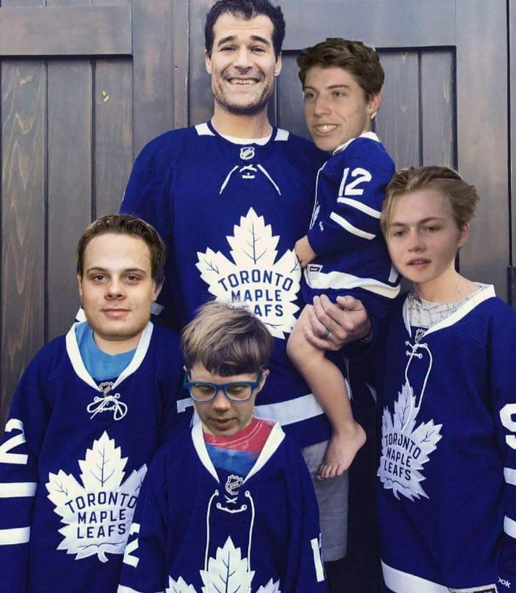 Patrick Marleau and the kids.