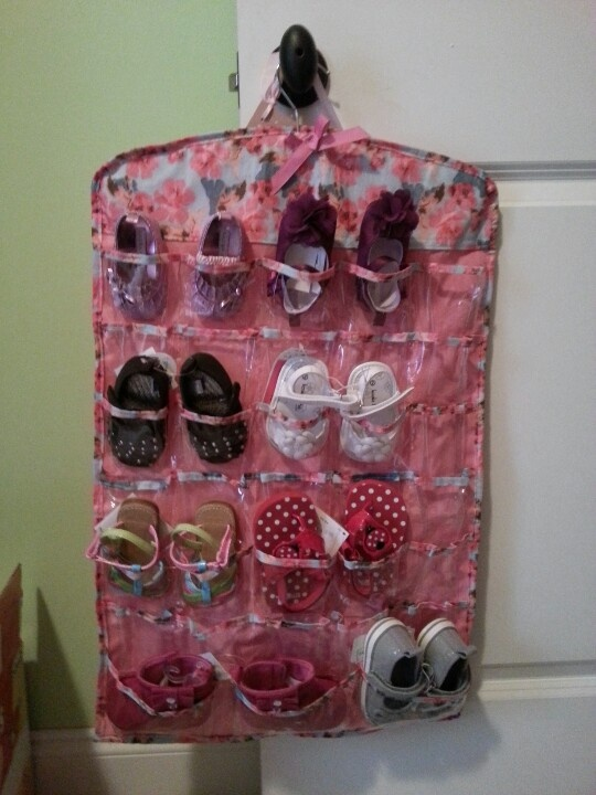 Jewelry organizer for baby shoes