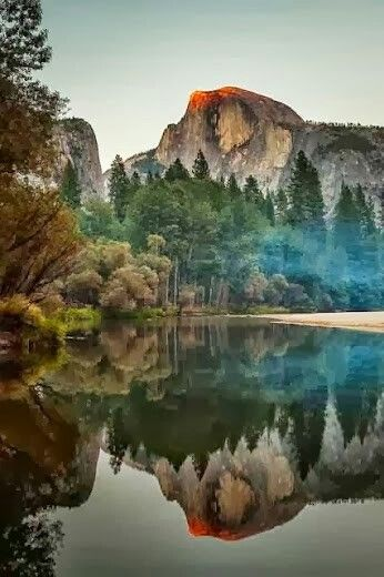 Half Dome in Mirror Lake @ Yosemite National Park