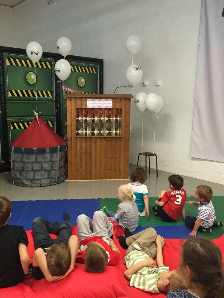 Kasperlitheater in Kinderspielhalle