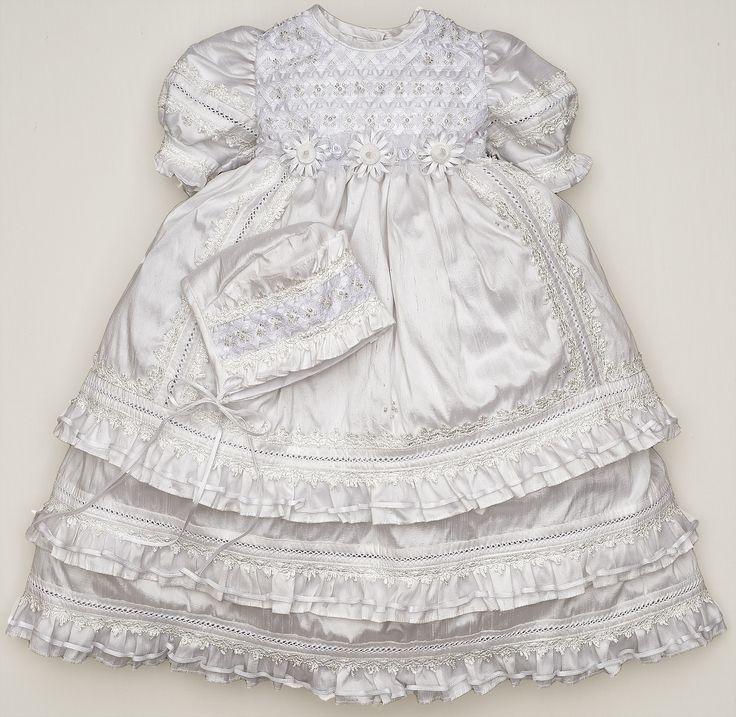 Beautiful Christening Dress Specially designed for baptisms or blessings #christneingdress #baptismdress #baptisim