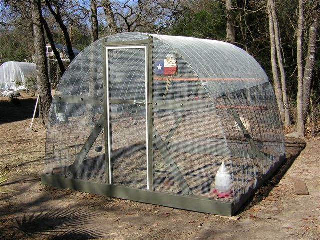 Tractor Chicken Coop similar to the ones I have ...
