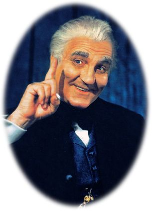 """Frank Morgan. The Wizard of Oz, Professor Marvel, The Guard at the Gates, Cabbie, Soldier. Frank Morgan [1890–1949] (Professor Marvel / The Guard at the Gates / Cabbie / Soldier / The Wizard of Oz) starred in more than 30 additional motion pictures in the years following 1939, including his Academy Award-nominated role for Best Supporting Actor in """"Tortilla Flat"""" in 1942; the actor had already been nominated for an Oscar for Best Actor for 1934's """"The Affairs of Cellini."""""""