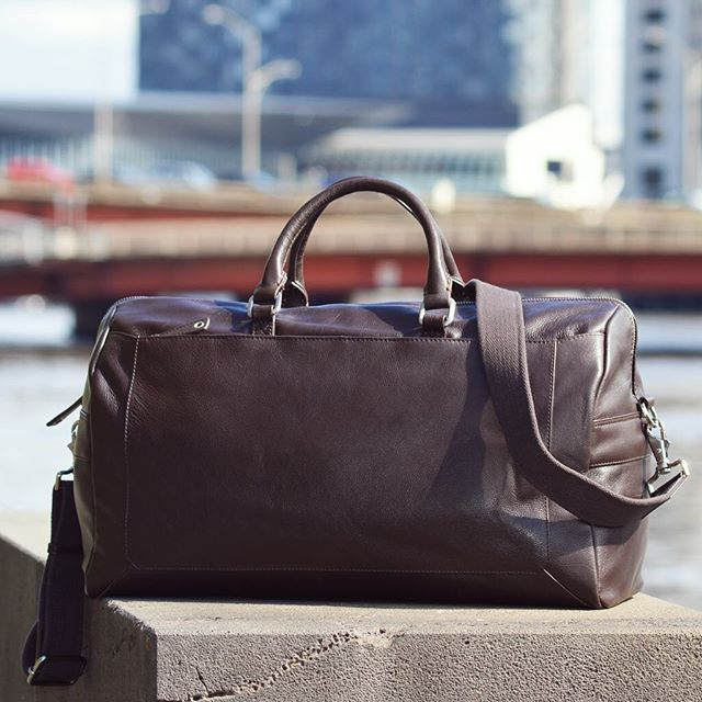 The PACIFIC soft leather duffle is perfect for interstate work trips or a weekend away