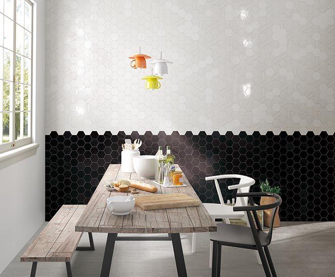 Serien Matiere med de Hexagon formede fliser er nu fremme i indretningen.