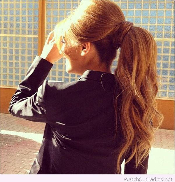 Amazing curly ponytail hairstyle