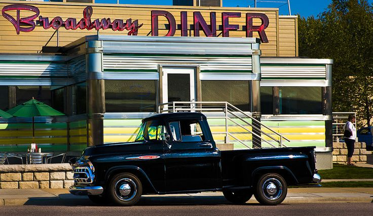 Broadway Diner in Baraboo, WI. COURTESY JEFF CASTREE
