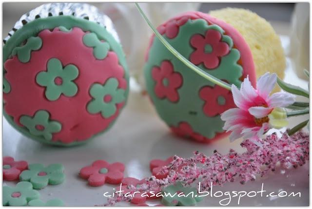 Recipes today - Hiasan Fondant Cupcake (Si Manis Bunga) / Fondant Cupcake Decorating