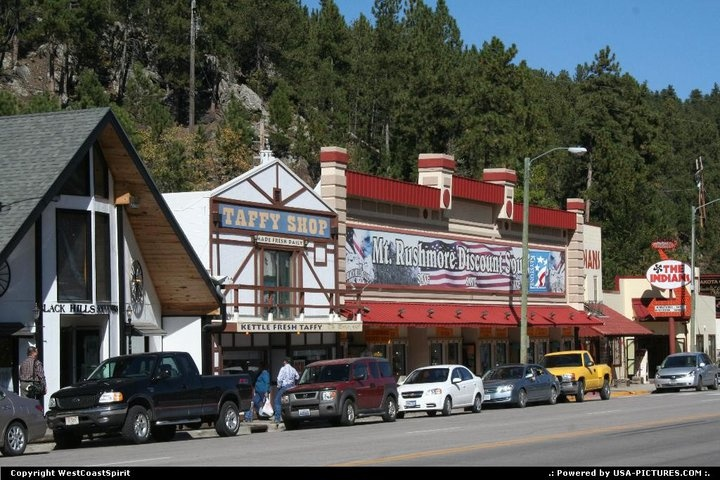 Keystone, South Dakota We had so much fun in this town! The best pizza, had old fashioned pictures taken, did some shopping and enjoyed the scenery!