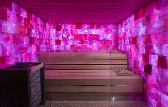 Sauna with crazy pink walls! <3