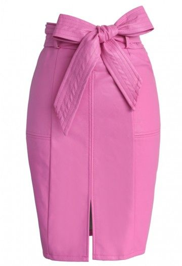 - Super-soft faux leather finish - Detachable self-tie bow as belt - Paneled design - Back zipper closure - Split hem in front - 100% Polyurethane - Hand wash or Dry clean Size(cm) Length Waist S        51    68  M        52    72 Size(inch)Length Waist S        20    26.8 M        20.5   28.3 * S fits for US0-2, UK6-8, EU34-36 * M fits for US4-6, UK10, EU38 * Our model is 180 cm/5'11