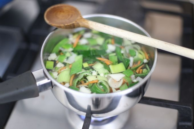 Hoe maak je zelf groentebouillon?