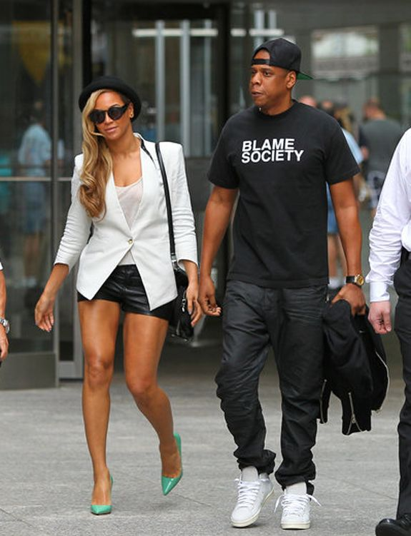 Beyonce White blazer Look For Less: Beyoncé's Leather Shorts, Helmut Lang Blazer, Mint Pumps & Fedora