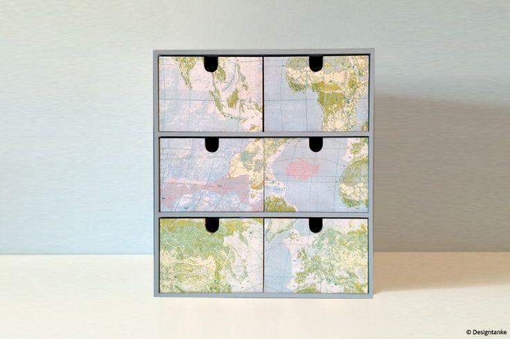 Designtanke // Ikea Hack Mini-Kommode Moppe mit Décopatch-Papier `Weltkarte´ via Idee Creativmarkt. // Designtanke.com