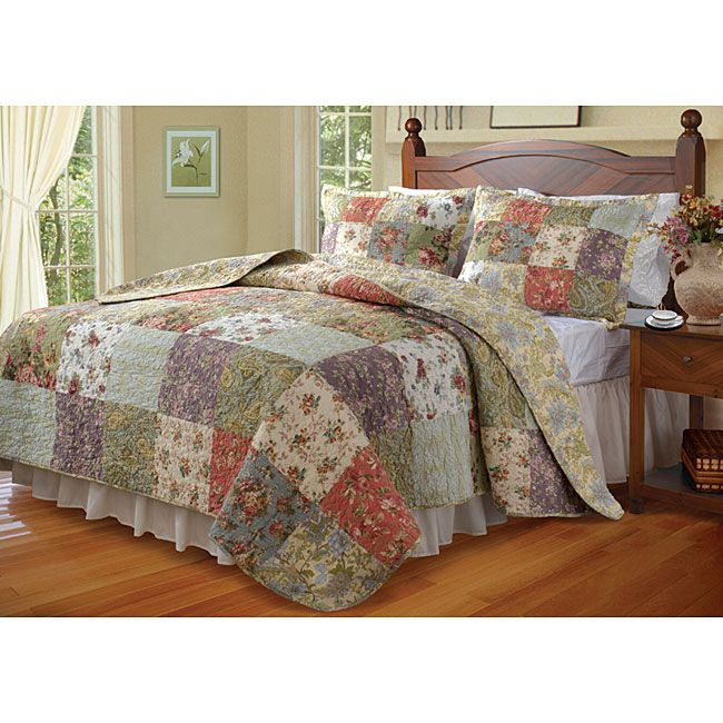 Featuring an eclectic blend of calico prints, this old-fashioned king-size quilt set is oversized to fit deeper mattresses. This beautiful bedding set includes a cotton patchwork quilt and a pair of pillow shams to make a decorative statement.