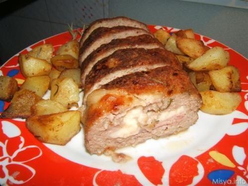 Polpettone al forno. Scopri la ricetta: http://www.misya.info/2007/07/11/polpettone-al-forno.htm