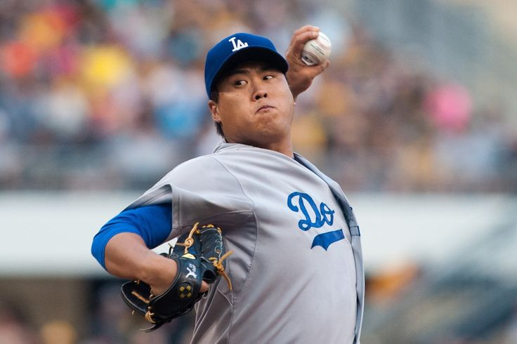 Dodgers' Hyun-Jin Ryu likely to miss start with elbow irritation = The bad news keeps on mounting when it comes to the Los Angeles Dodgers pitching staff.  Sources have told Today's Knuckleball that left-handed pitcher Hyun-Jin Ryu, who was originally slated to make his.....