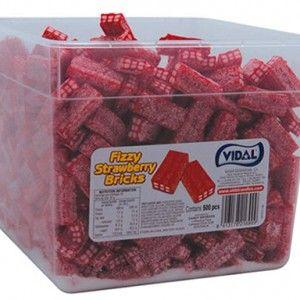 A bulk 2.5kg tub of Vidal Fizzy Strawberry Bricks.