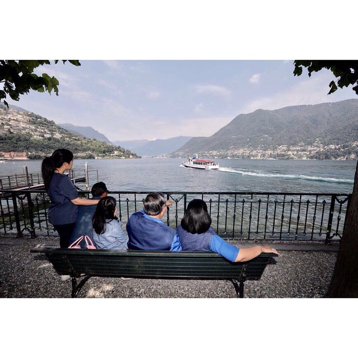 """Menikmati semilirnya udara di Danau Como."" ➖ ""Enjoying the light breeze at Lake Como."" #familyfirst #almiratunggadewiyudhoyono #airlanggasatriadhiyudhoyono #pancasaktimaharajasayudhoyono"