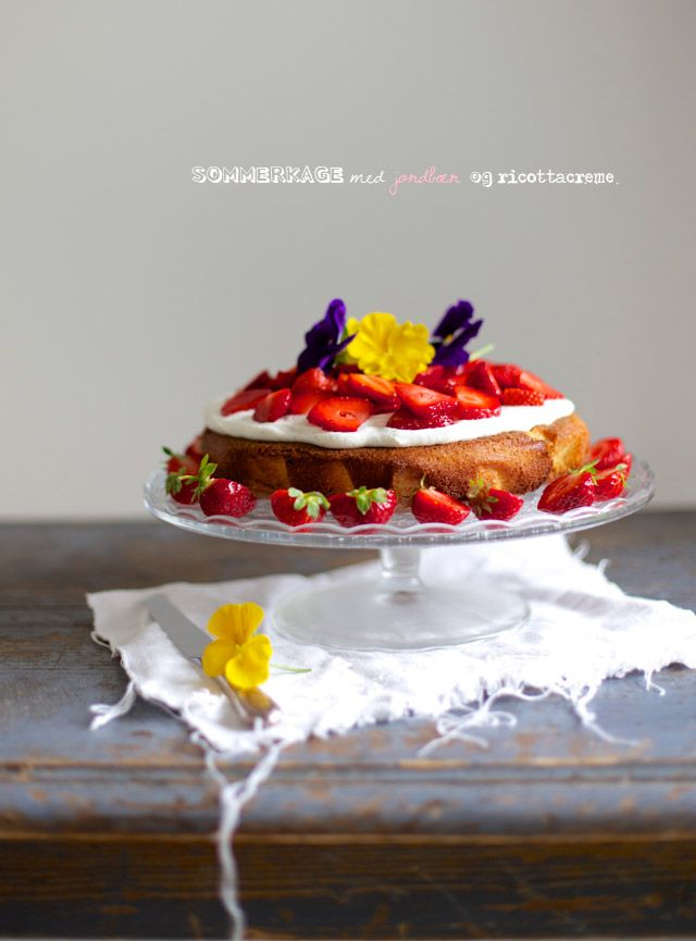 Summer Cake with Strawberries and Orange - Recipe by The Food Club