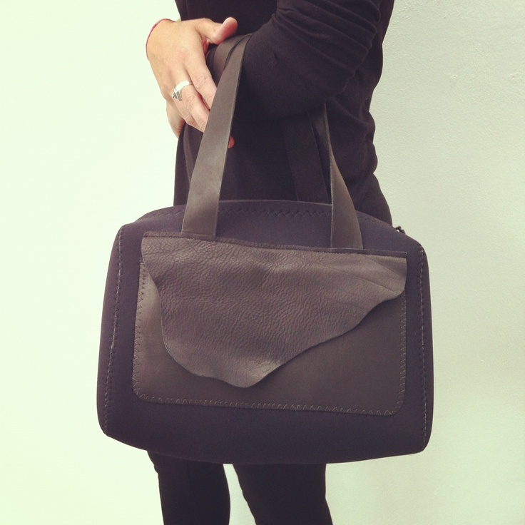 Le bag a Jackie Kennedy, leather strap, neoprene body,  leather inside and outside pocket