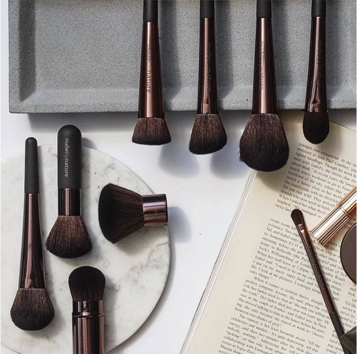 @vampbrands: So many lovely brushes @nudebynature. We are loving this new #probrushcollection and the lovely image produced by #VAMP talent. #cosmetics #nudebynature #makeup #makeupbrushes #instagrammers
