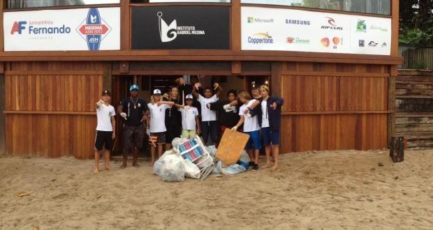 No Dia Mundial do Meio Ambiente, atletas e técnicos do IGM fazem coleta de lixo nas areias de Maresias.   Surftoday